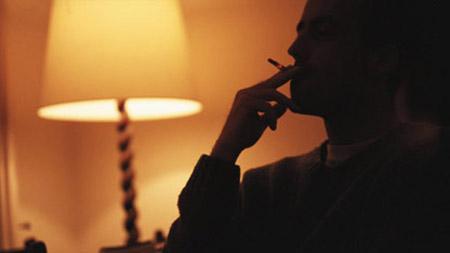 سیگار کشیدن در خانه
