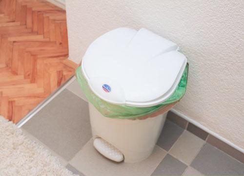 تمیز کردن سطل زباله