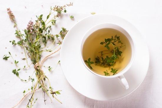 دمنوش آویشن برای درمان خانگی سرفه خشک